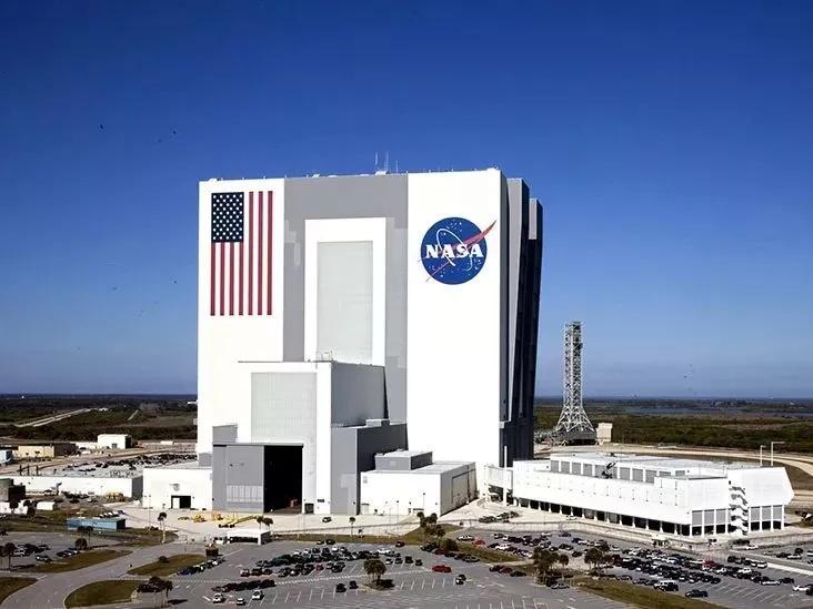 Vans x NASA出了双sneaker 穿着它飞上太空吧  秋11月 第8张