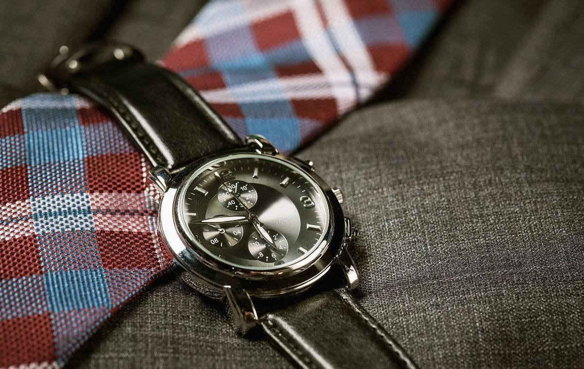 男士佩戴手表的好处有哪些?