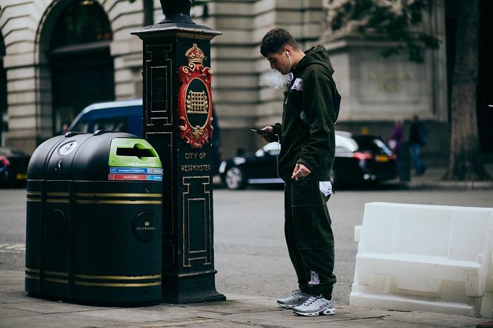 TOP街拍   2018伦敦男装周 小鲜肉帅大叔集体霸屏  夏6月 第17张