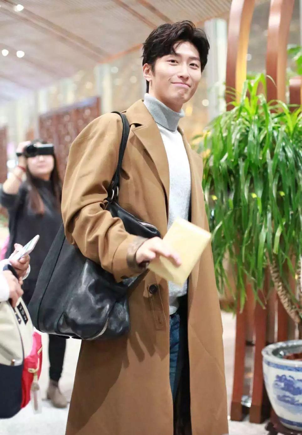 每个男生都是大衣控,冬天少了大衣怎么行?!  秋11月 第14张