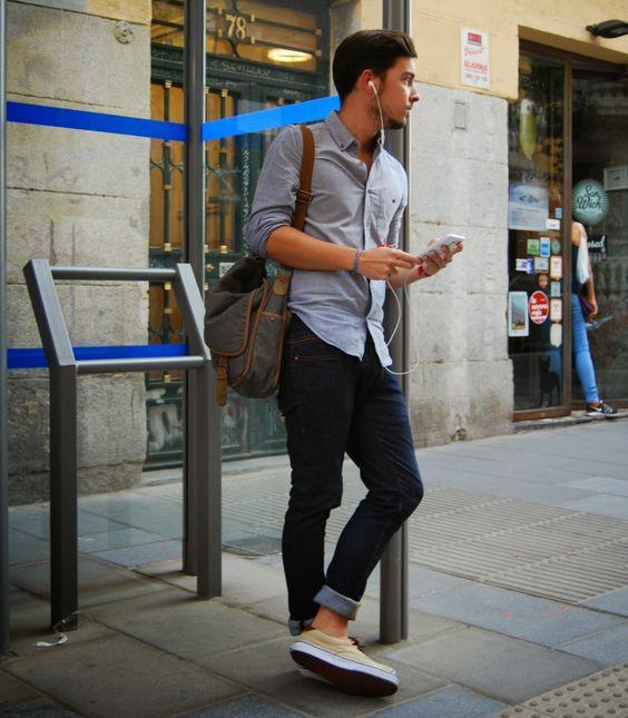 TOP街拍 | 这个夏天一双帆布鞋就能让你帅  夏6月 第8张