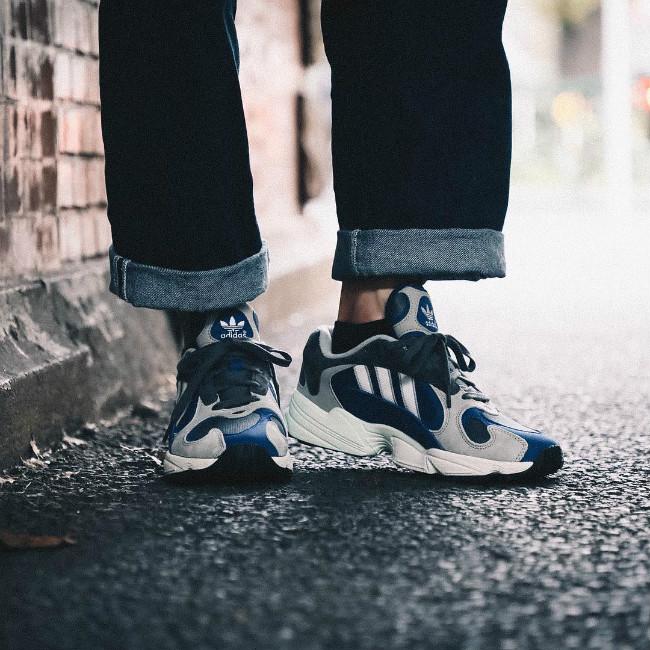 今年大热的平民老爹鞋!adidas Yung-1 两款全新配色刚刚发售!  秋11月 第2张
