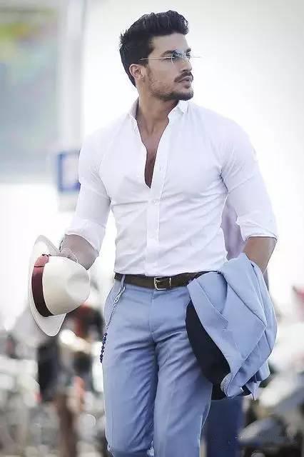 炎热的夏季如何穿出时尚的意大利风格?ins最火的时尚博主教你玩  夏6月 第8张