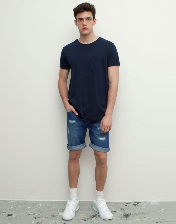 TOP街拍 | 解锁夏日清凉新技能 做一个性感的短裤少年  春5月 第7张