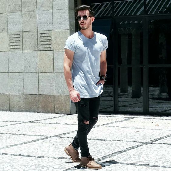 就靠T恤+破洞牛仔裤 这个夏天你简直时髦要上天  夏6月 第2张