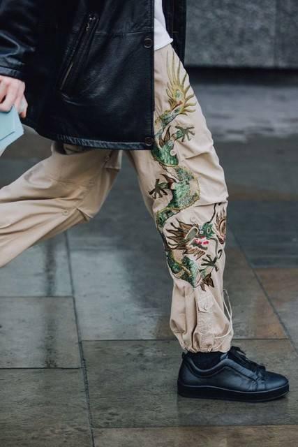 冷知识   除了卷裤腿,今天终于学会了塞衣角! 显高塞衣角教程  春5月 第25张